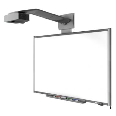 Монтаж интерактивной доски и проектора на стену