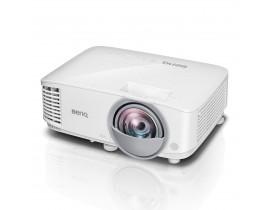 Короткофокусный проектор BenQ MX808ST
